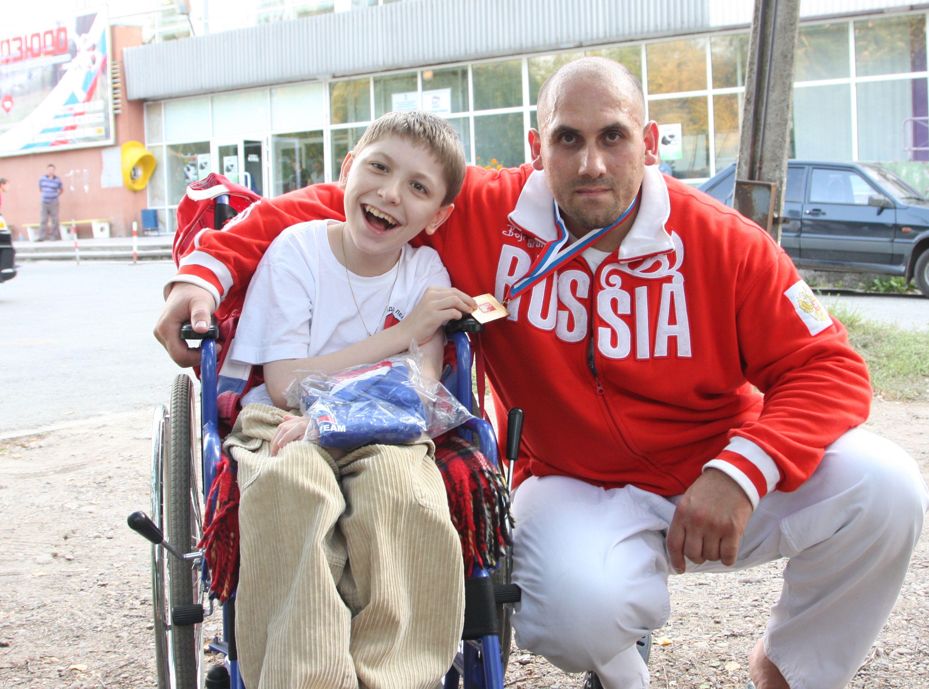 Алеша Наборшиков с чемпионом России Григорием Гарьянцем