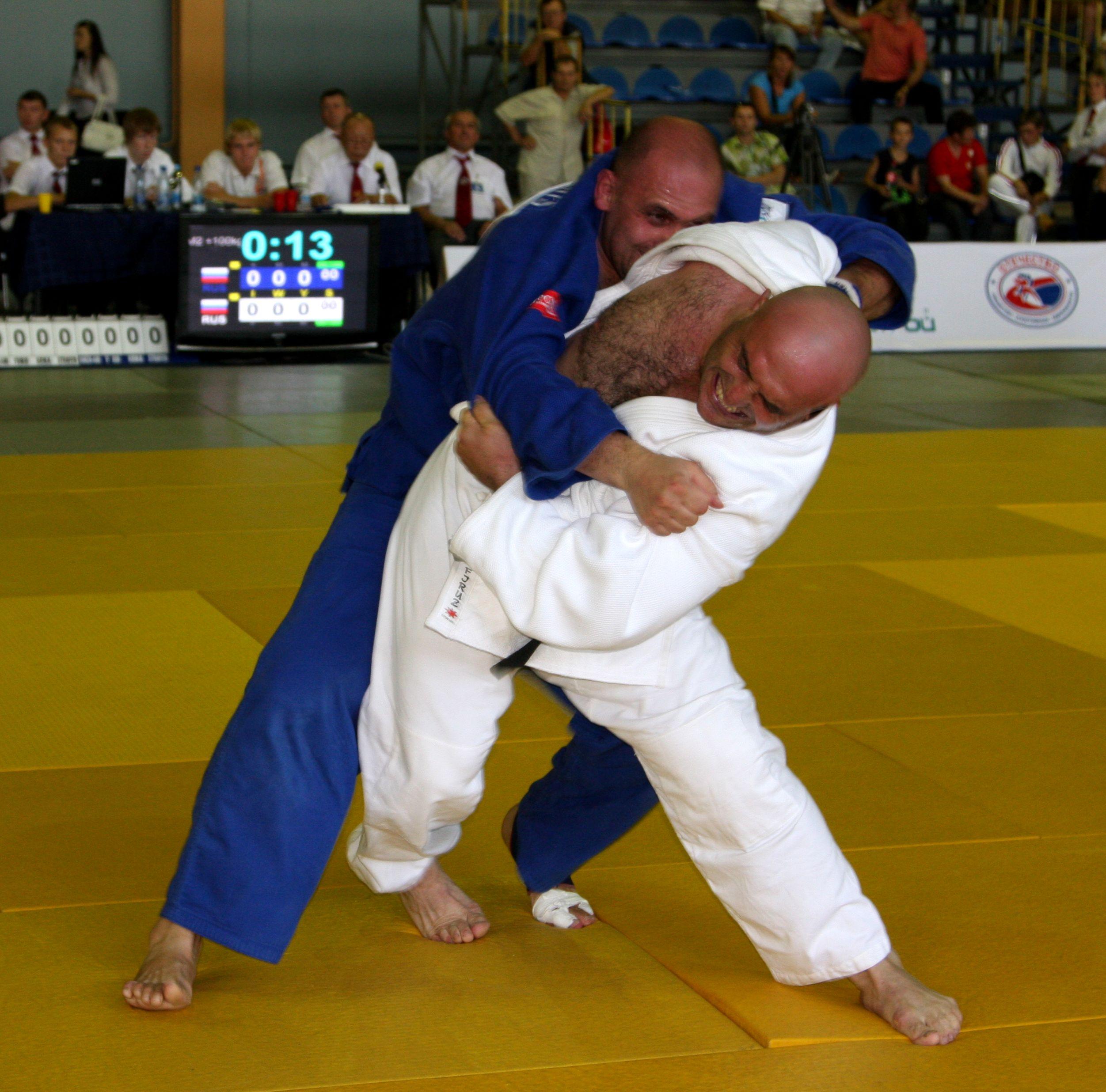 Напряженный финал в М-2 +100 кг